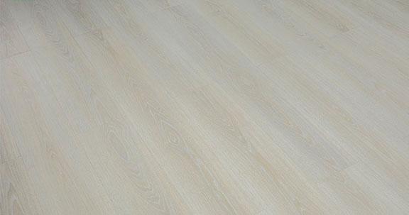 Sàn gỗ Robina 12mm bản lớn O117
