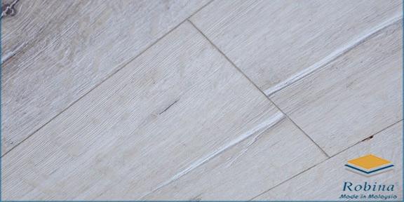 Sàn gỗ Robina 12mm bản lớn O126
